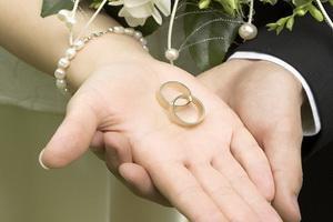 الوصايا العشر لخطوبة سعيدة - خاتم الخطوبة الزواج - wedding ring