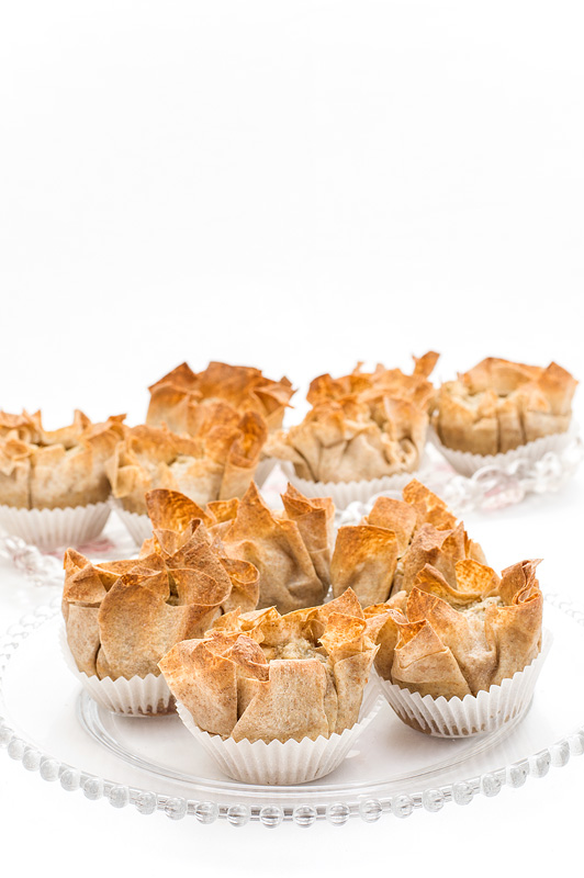 Mini apple pies front up