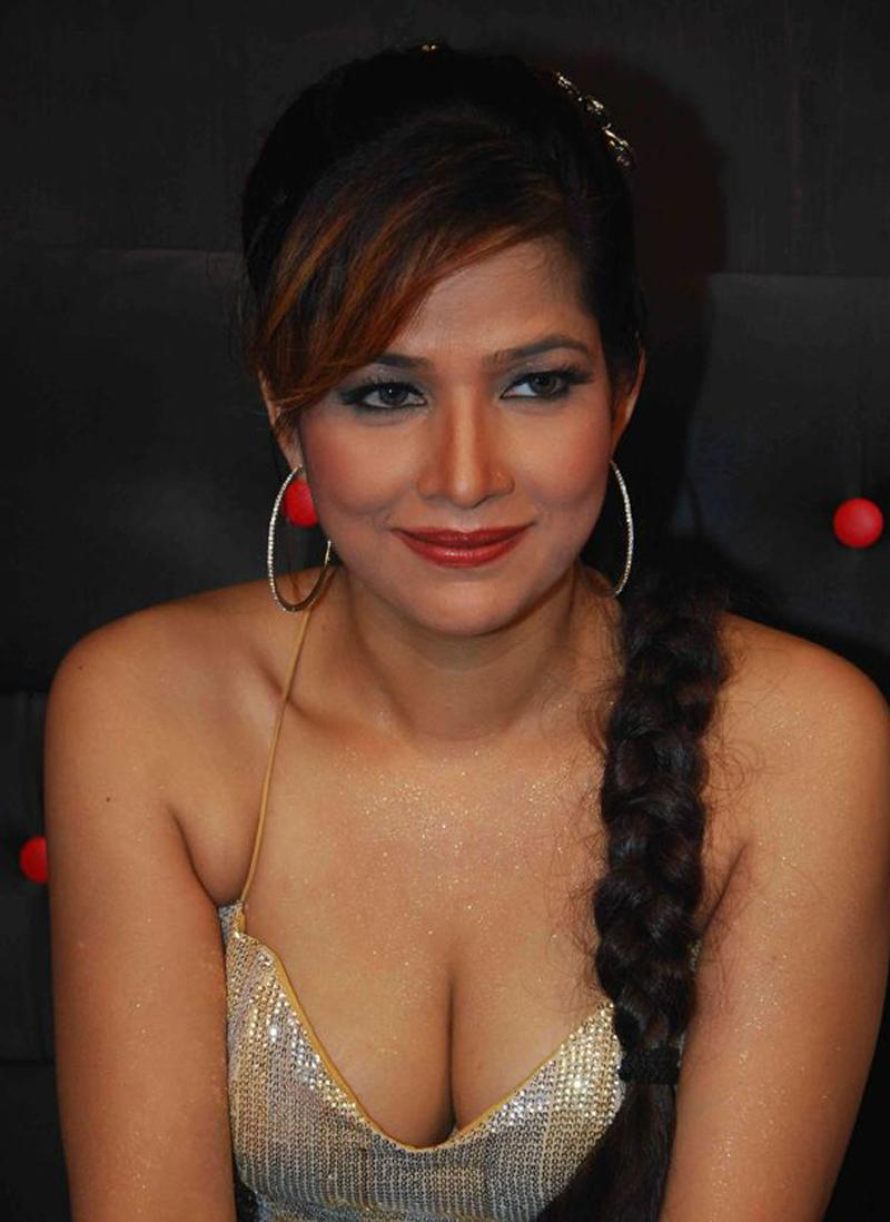 my country actress malayalam kambi kadakal tanisha hot stills