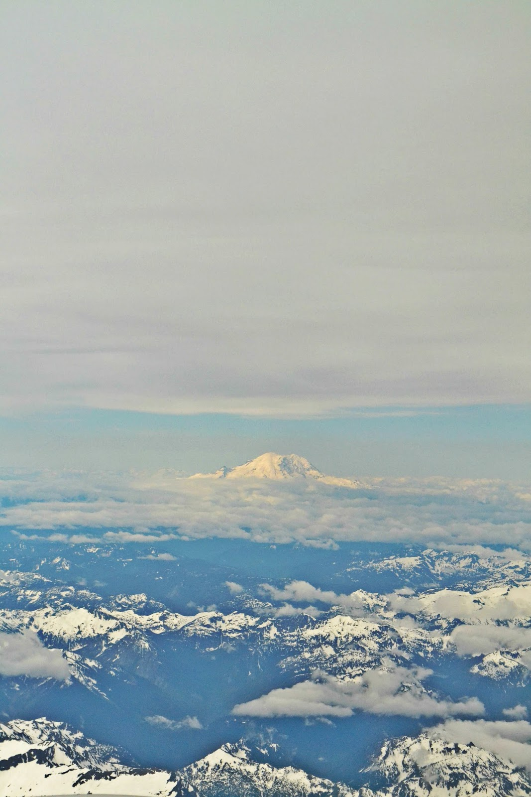 Mt. Rainier, airplane, photography, mountains, cascades, from the air