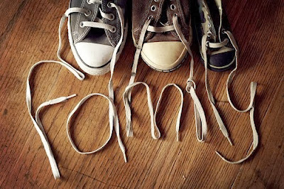 shoeslace-form-letters-that-say-family