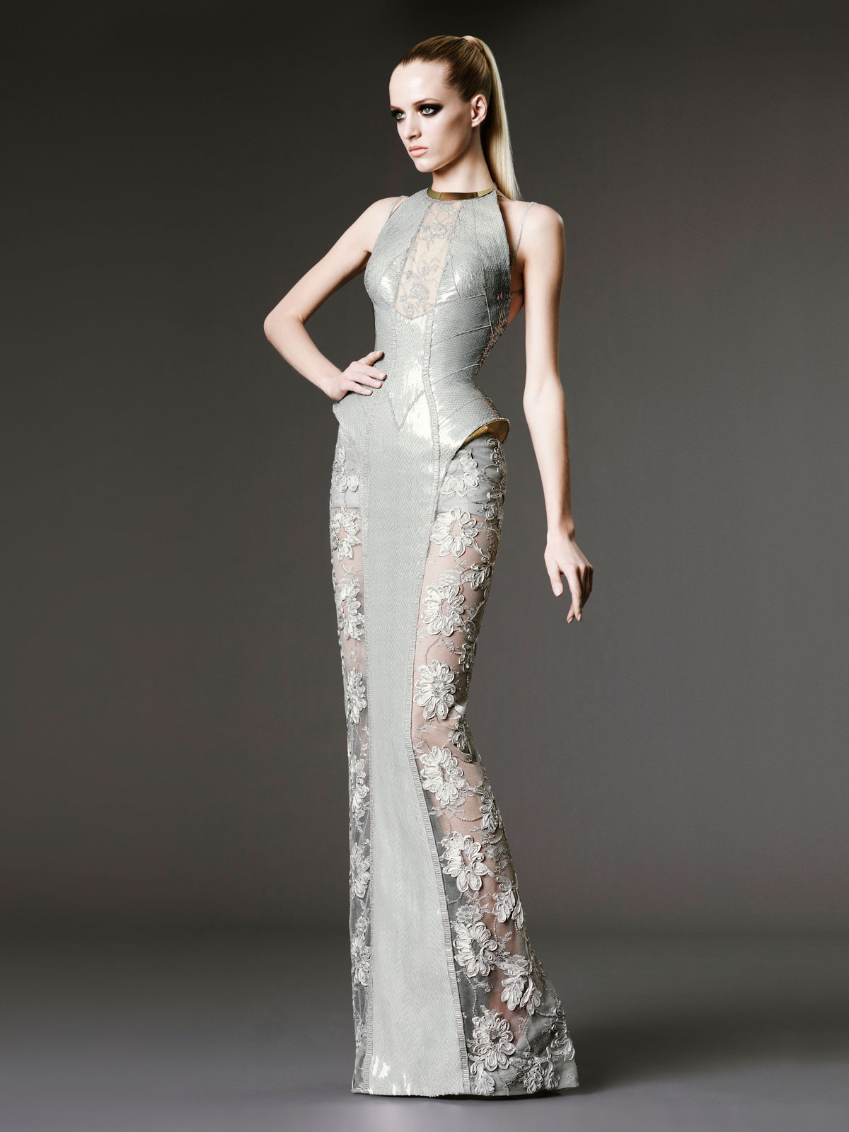 Defected12 atelier versace fall 2012 paris haute couture for Hout couture