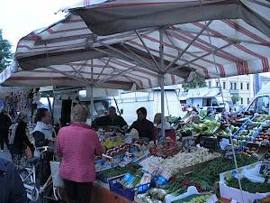 Il mercato della cittadina-paese!