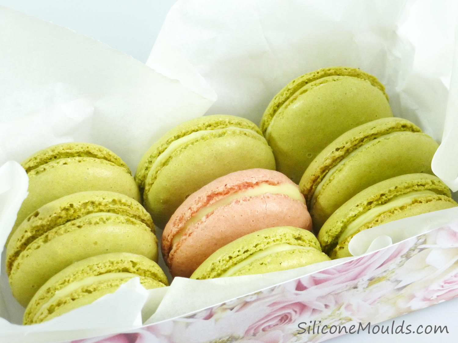 SiliconeMoulds.com Blog: Matcha Green Tea Macarons ...