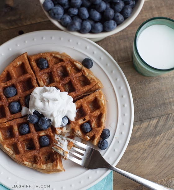 THE BEST GLUTEN-FREE WAFFLES