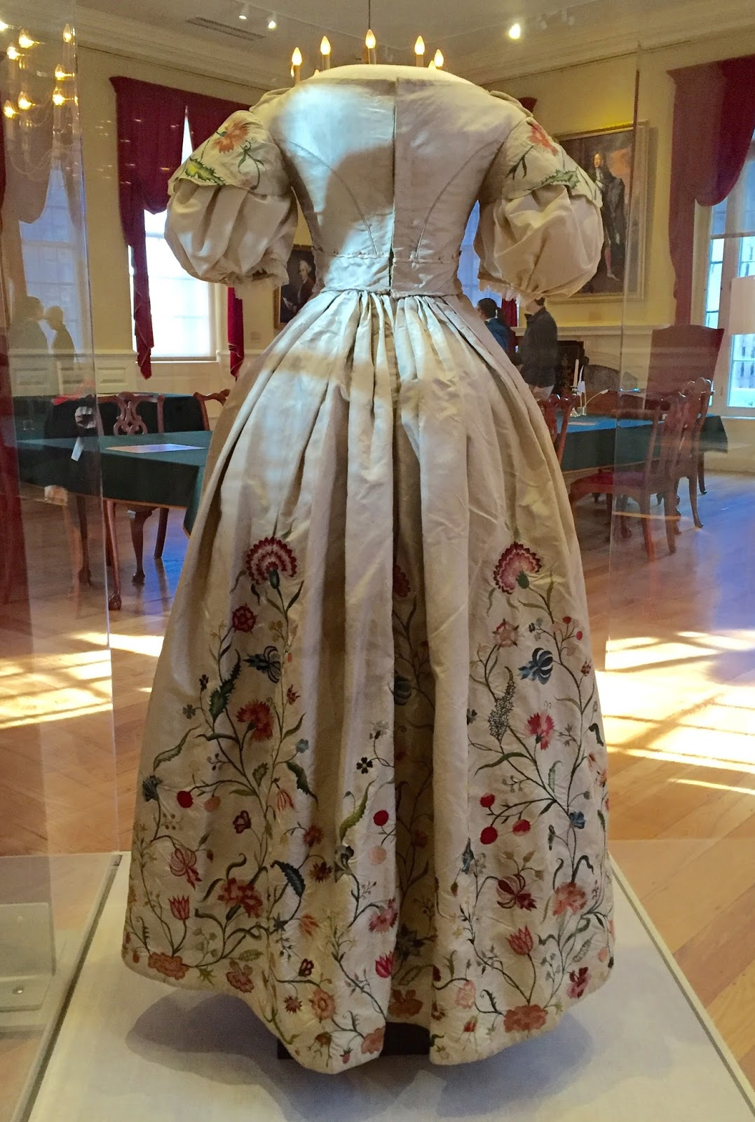 Two Nerdy History Girls: Revisiting a Special 18thc Wedding Dress