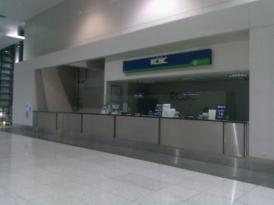 An RCBC branch in NAIA Terminal 3