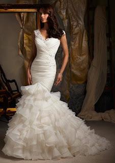 مجموعة روعة من فساتين الزفاف حلم كل فتاة.. شاهدى معنا واستمتعى بالاناقة والجمال - الافراح الزواج عروسة