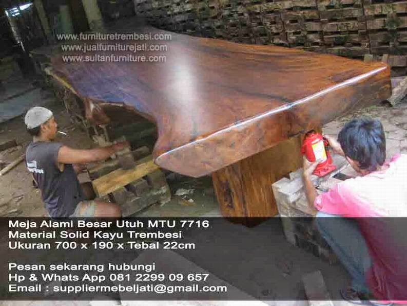 Meja solid Trembesi Jepara Furniture 7 Meter Besar Finishing PU