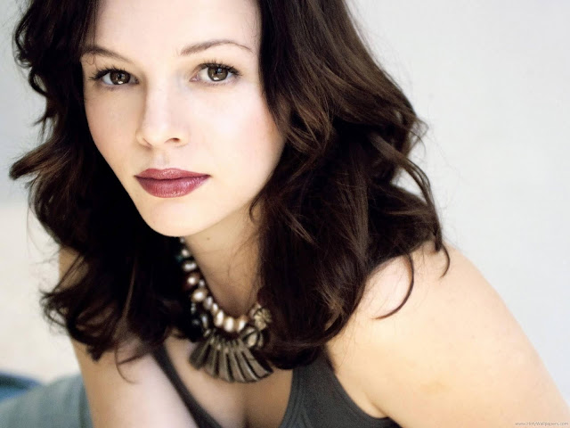 Amber Tamblyn HQ Wallpaper-1600x1200-06