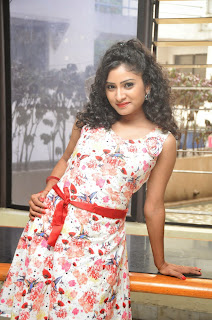 Actress Vishnu Priya Latest Pictures in Short Dress at Nenu Naa Friends Movie Press Meet  53.JPG