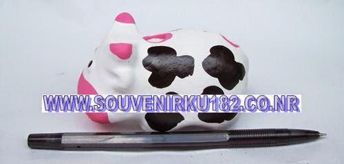 souvenir tempat pensil berbentuk sapi