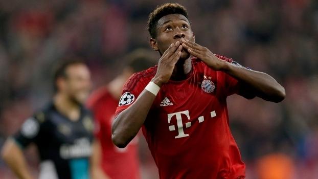 Em dia impecável, Bayern atropela Arsenal e mantém liderança.