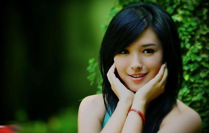 Foto Hot Igo Bening , Cewek Cantik Model Baru Asal Manado