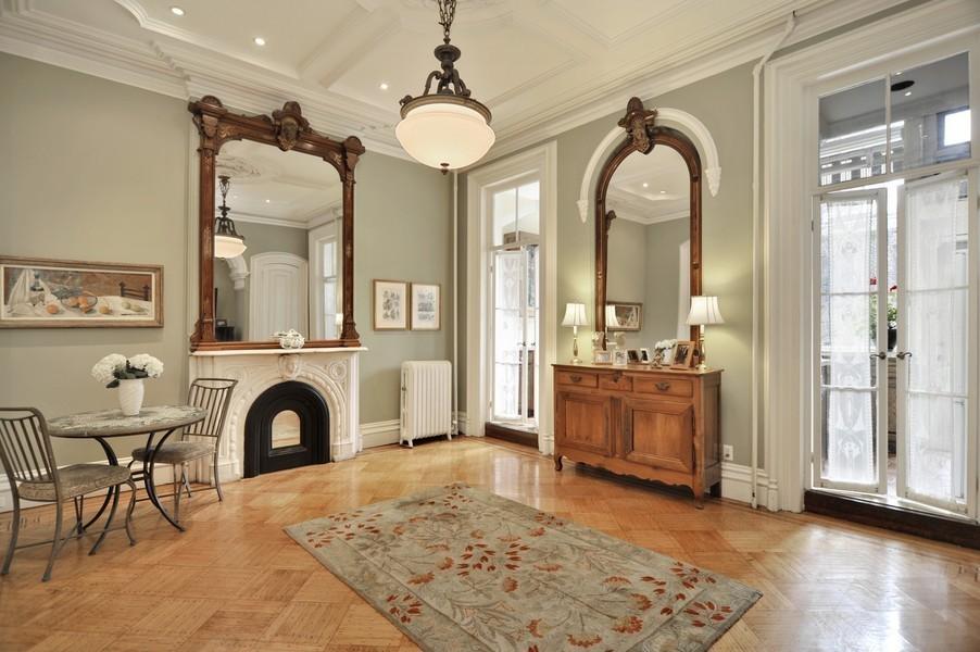 Interior Molding Designs