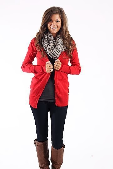 comfy and cute holiday outfit