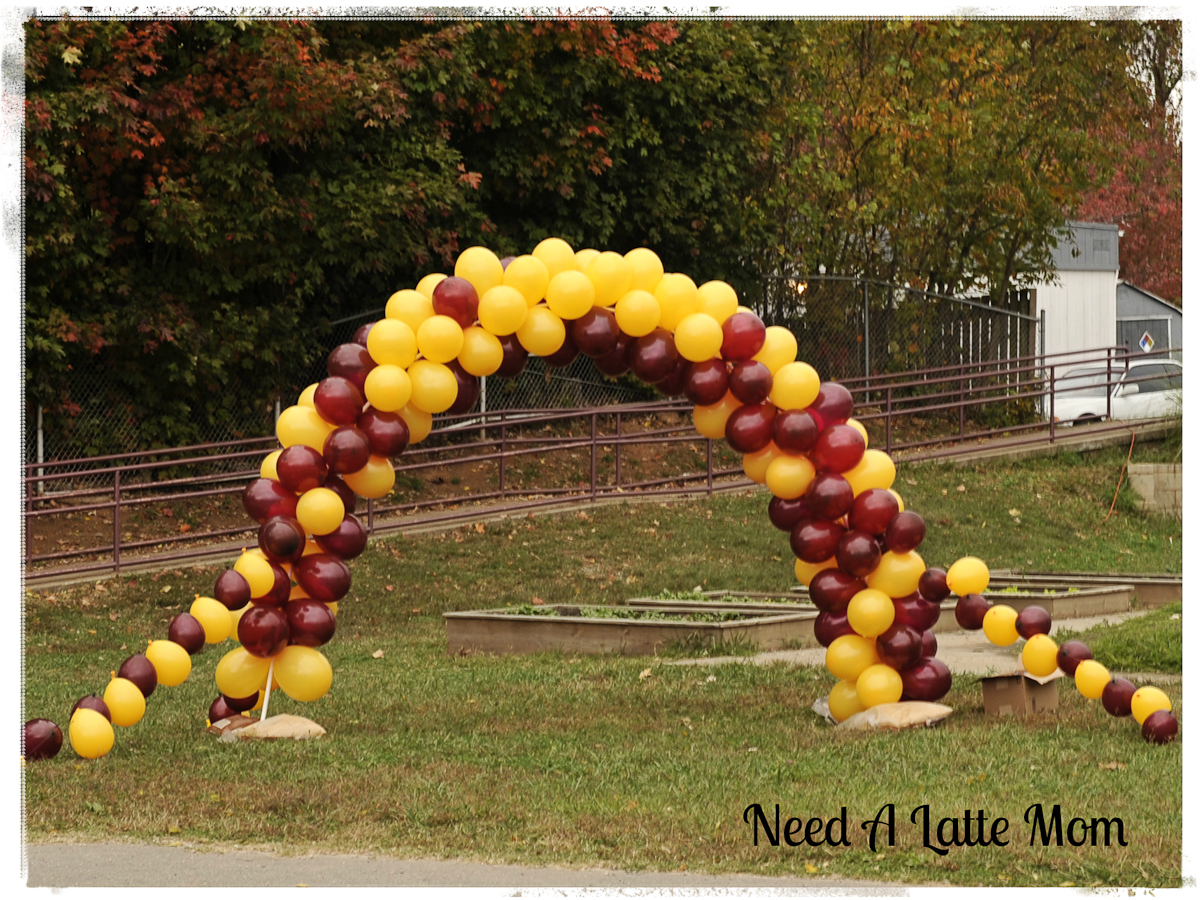 Need a latte mom how to make a balloon arch for How to build a balloon arch