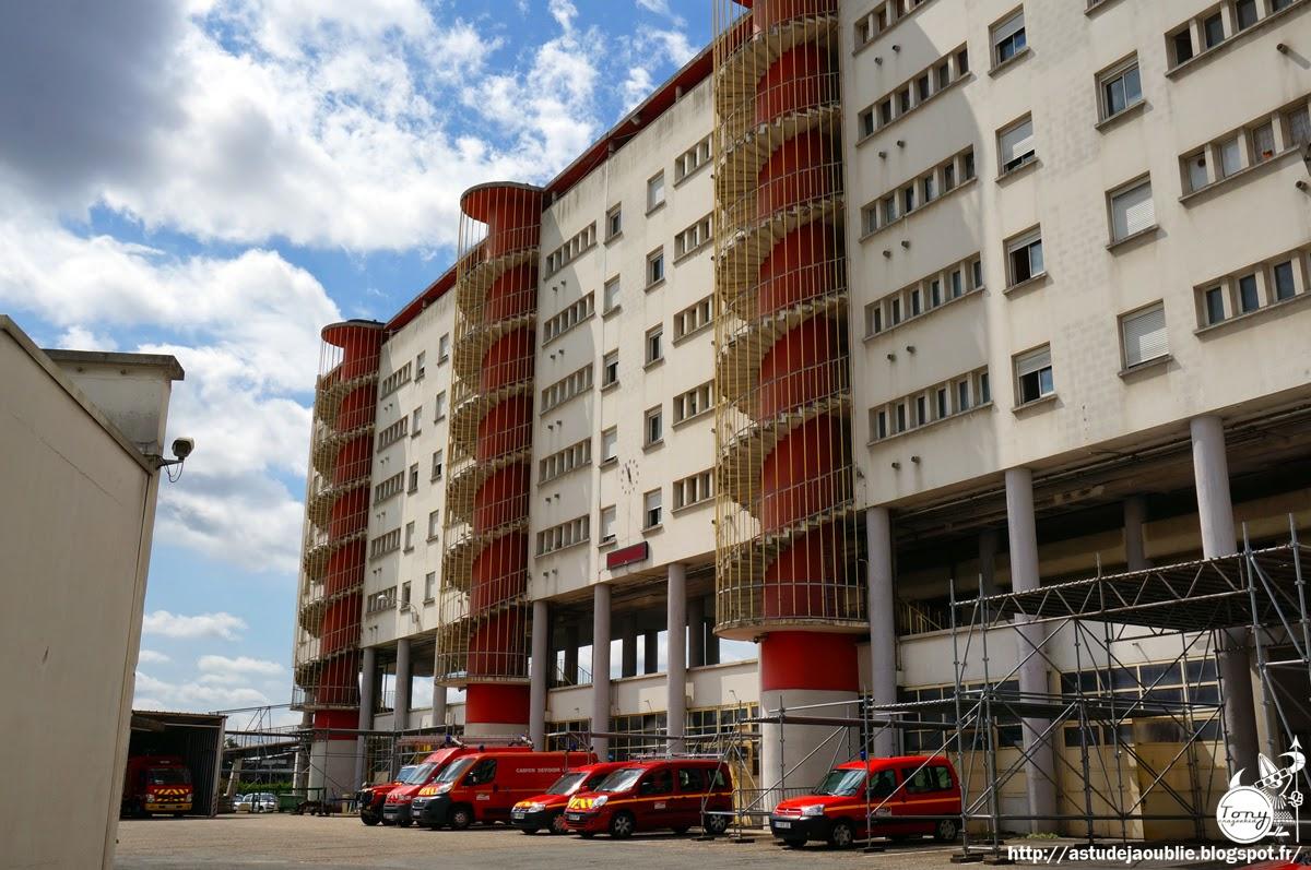 Bordeaux Caserne Pompiers Ferret Courtois Salier Prouve
