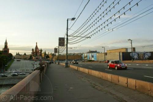 Bolshoj-Moskvoreckij-most.jpg