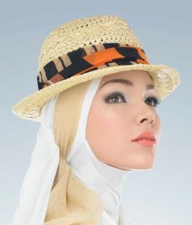 Foto Hijab Modern Terpopuler Ala Dewi Sandra
