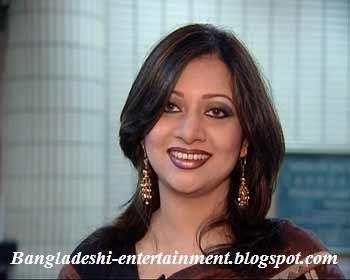 Bangladeshi singer singer Akhi alomgir