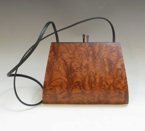 http://www.carolinacreationsnewbern.com/NewFiles/wooden-handbags.php