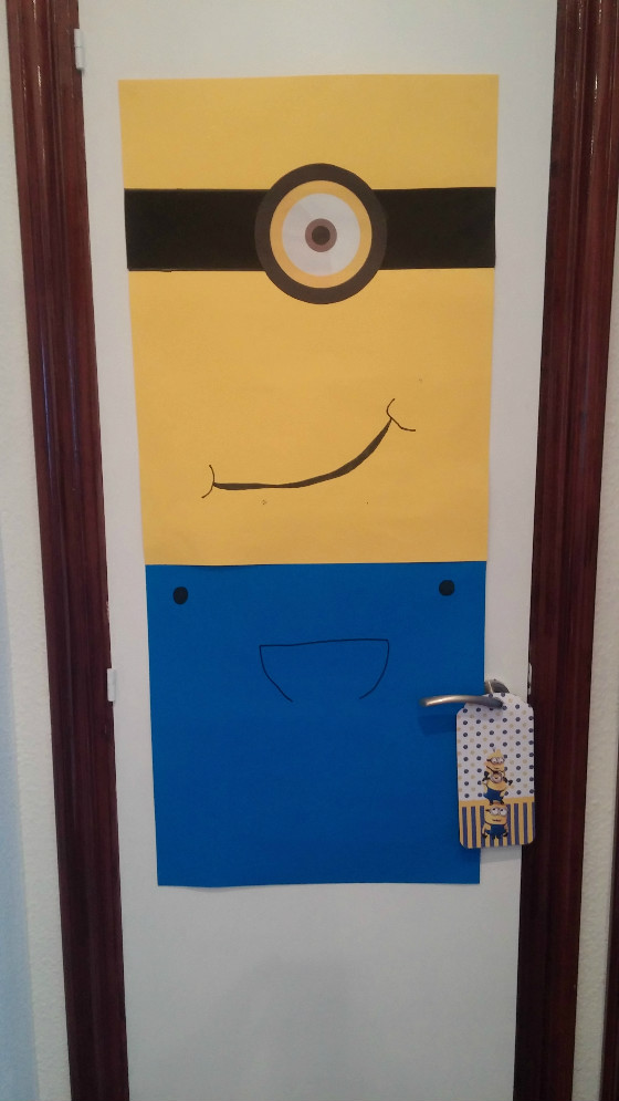 imagen_cumpleaños_burgos_bilbao_minions_casa_puertas_decoracion