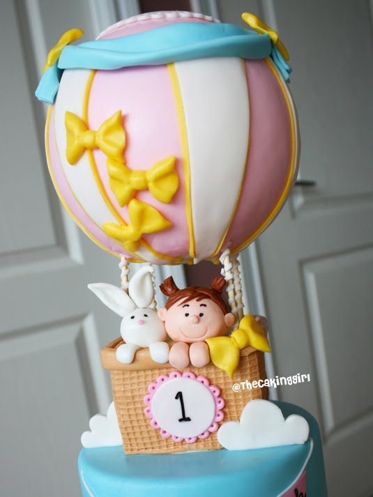 Cake Ideas Using Fondant : TheCakingGirl: Fondant Cake Designs :)