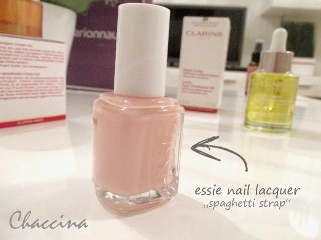 Chaccina Lifestyleblog essie Einkauf Woman Day