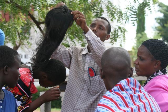 Picha za msichana zavuja mtandaoni kisa ni tabia yake ya kubadilisha