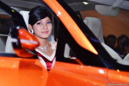 Model Cantik di Indonesia International Motor Show 2012 | Pojok ...