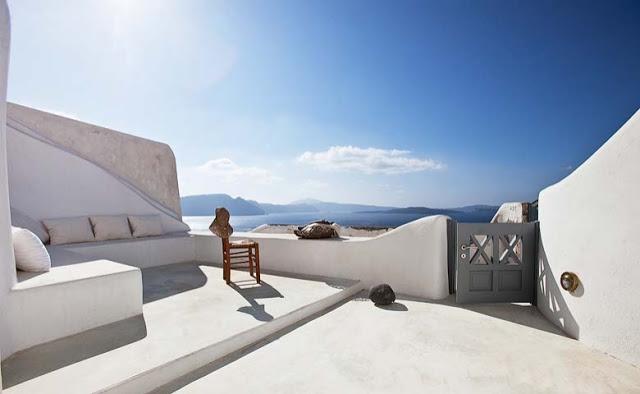 terraza griega con vistas