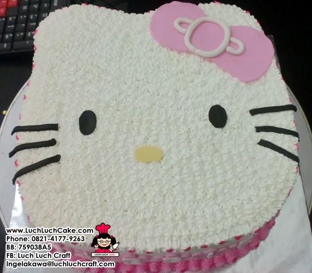 kue tart hello kitty kepala