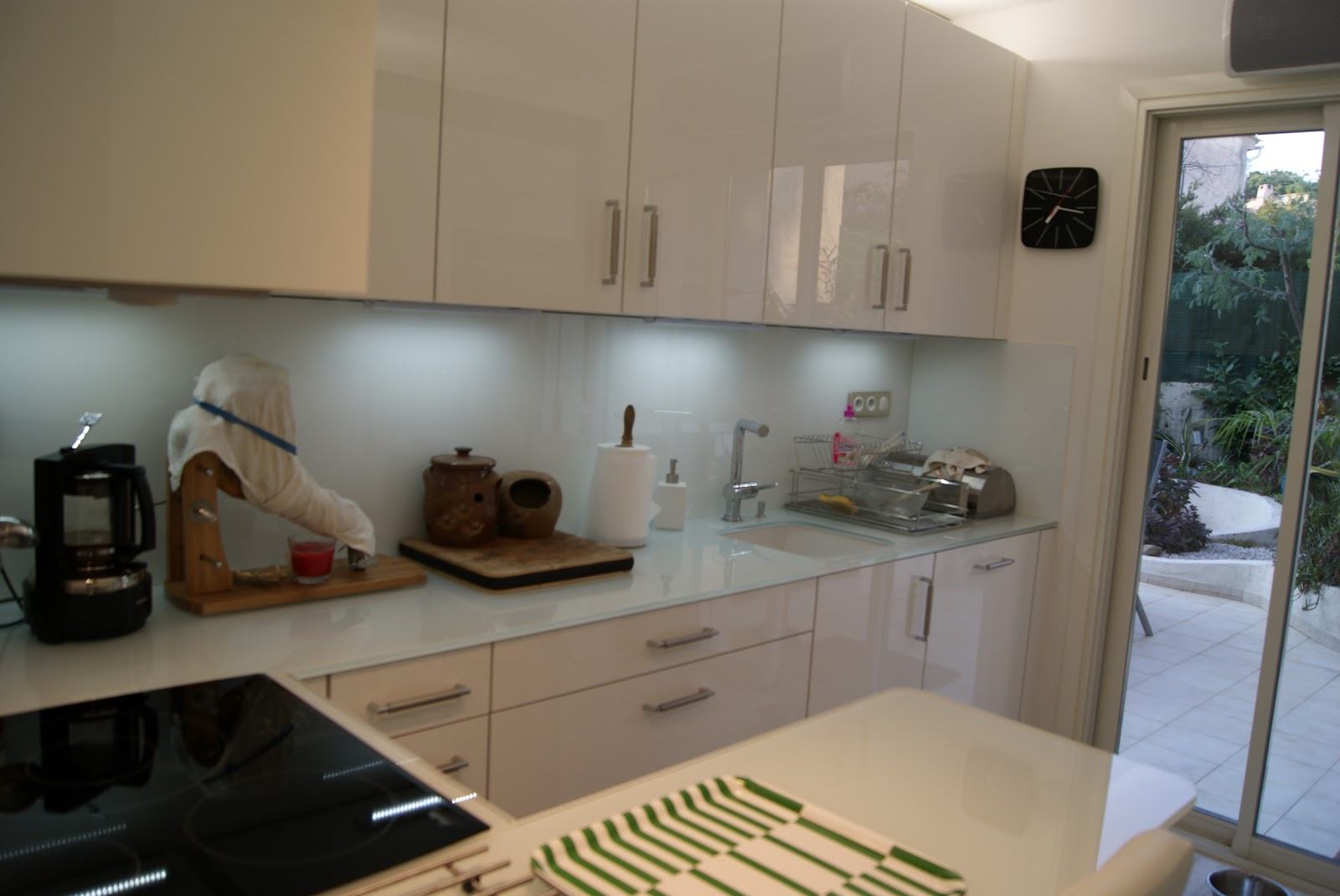 Architecture travaux cabinet donati nouvelle cuisine for Cuisine laquee blanche