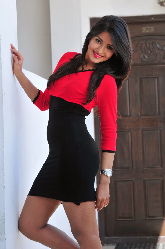 Katherine Theresa Latest Photo In Short Mini Dress