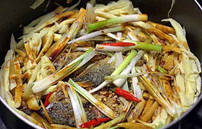 Braised Indian Mackerel Fish with Bamboo Shoots