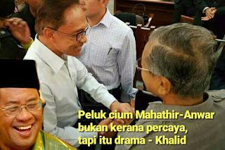 Peluk cium Mahathir -Anwar bukan kerana percaya, tapi itu drama