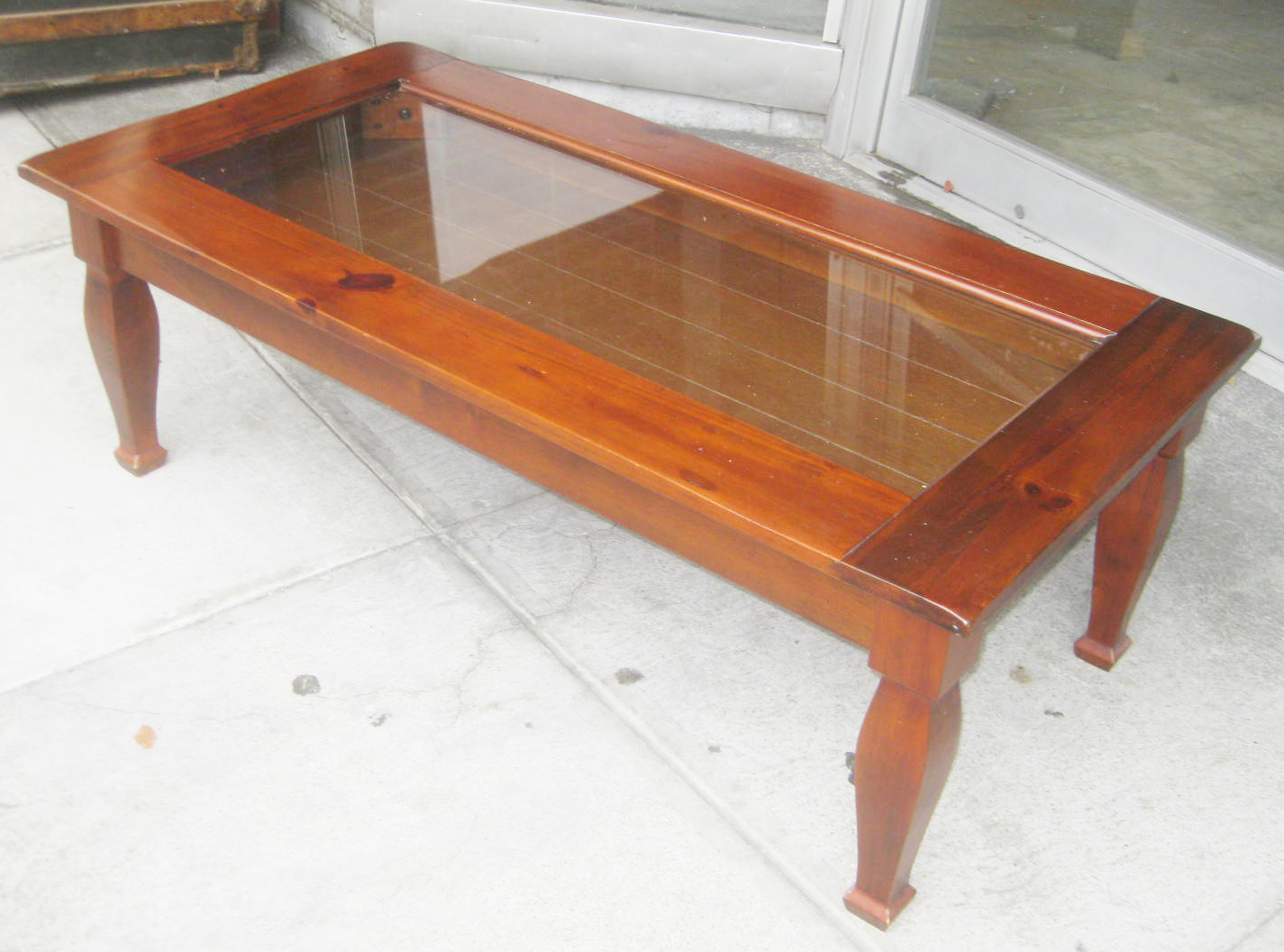 Uhuru furniture collectibles sold momento display for Display coffee table