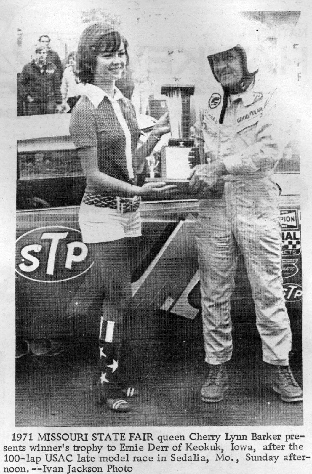 Midwest Racing Archives 1972 Derr Cops Sedalia Usac Race
