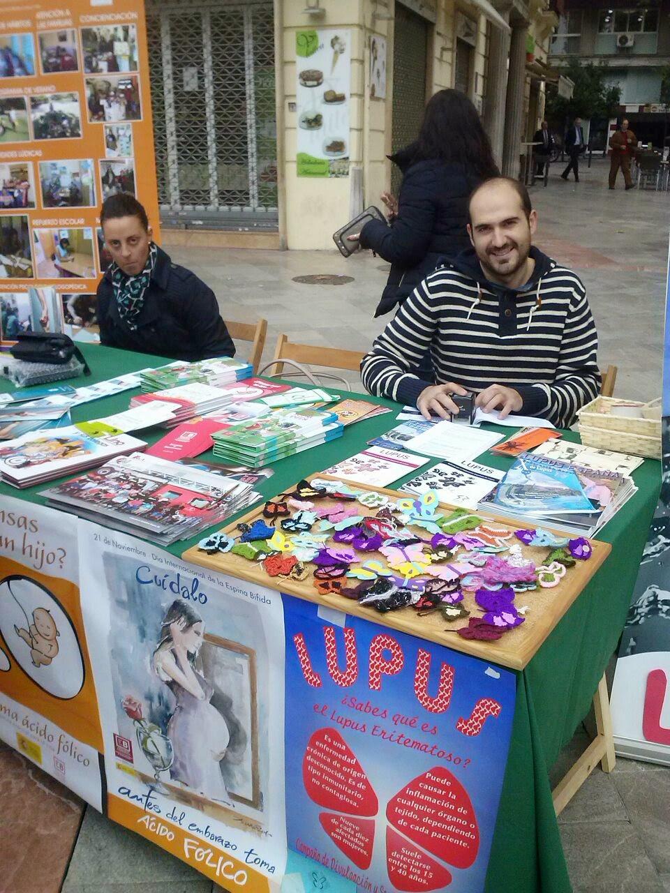 Feria de Asociaciones. Granada. Asociación Lupus Granada