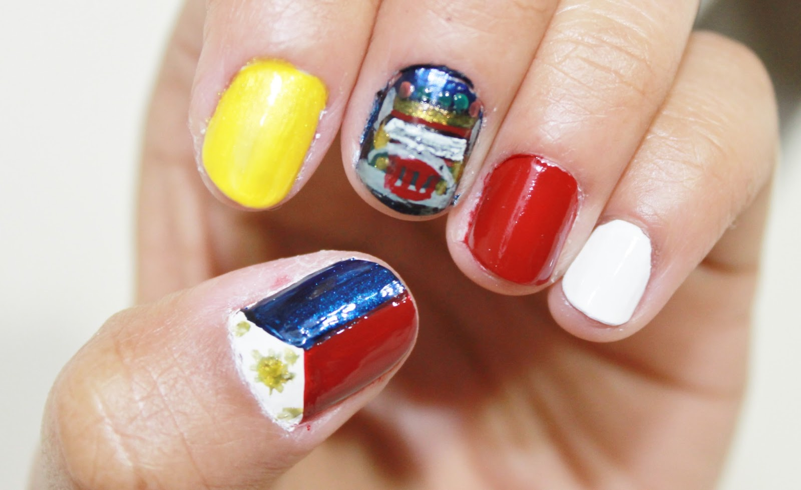 Blendblush Philippines Flag And Jeepney Nail Art