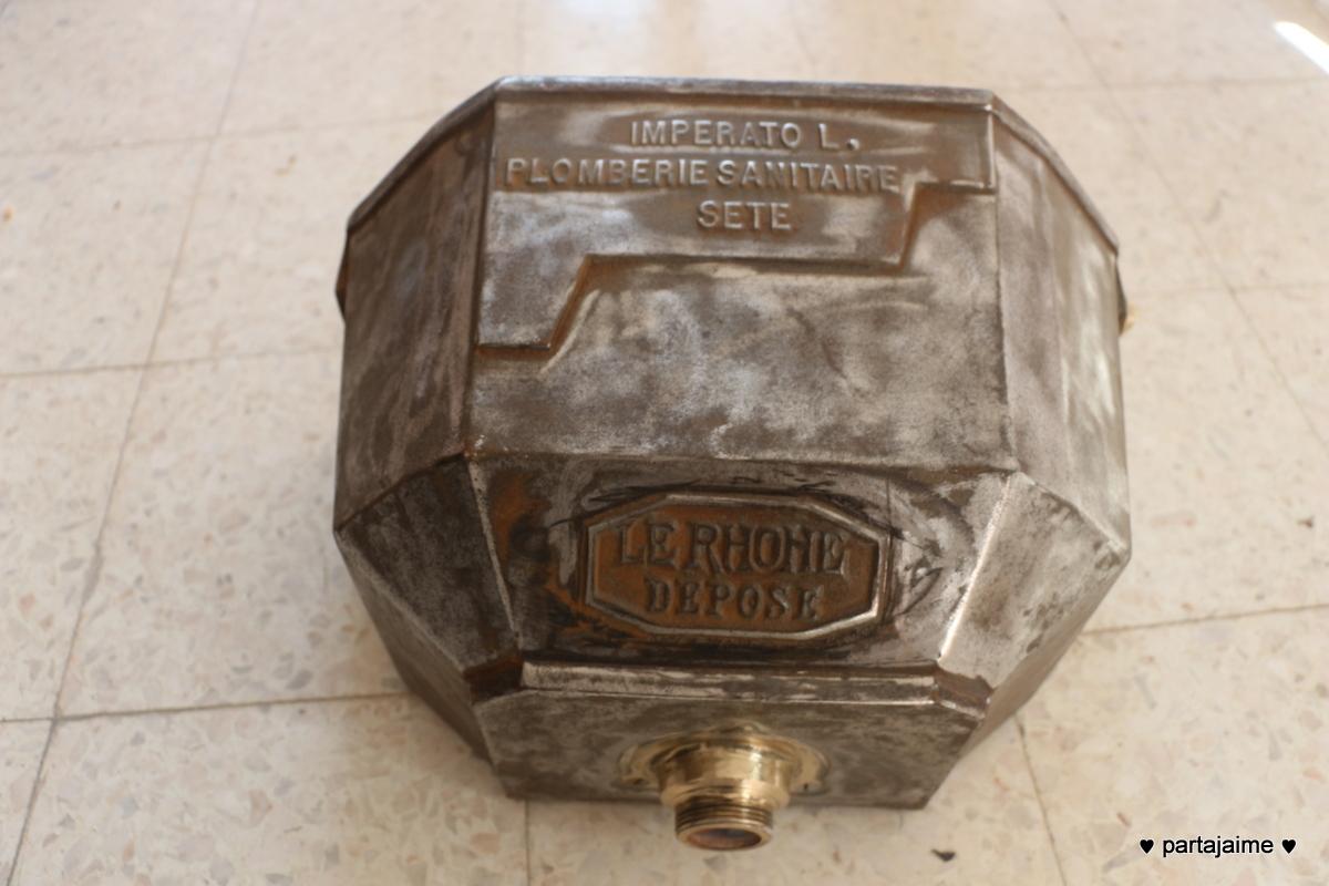 Notre maison ancienne chasse d 39 eau - Ouvrir une chasse d eau ...