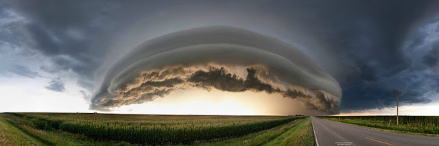 Espectacular nube que pareciera ser una nave alienígena (no es photoshop)