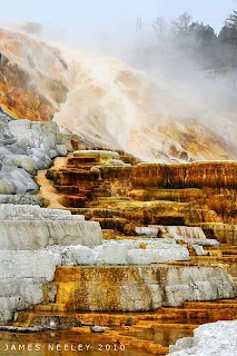 Yellowstone National Park (Best Honeymoon Destinations In USA) 7