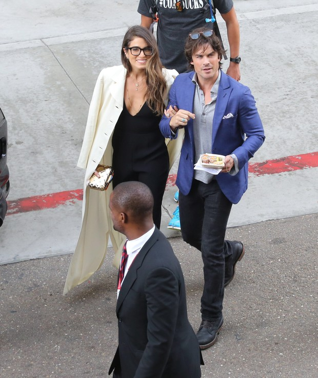 Nikki Reed and Ian Somerhalder in Comic Con