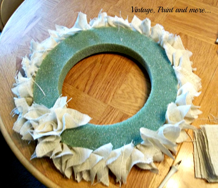 Vintage, Paint and more... fall wreath made from burlpa and styrofoam wreath form