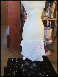 making+mannequin+020+border