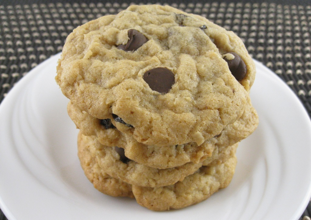 Chocolate Chip Raisin Cookies Recipe