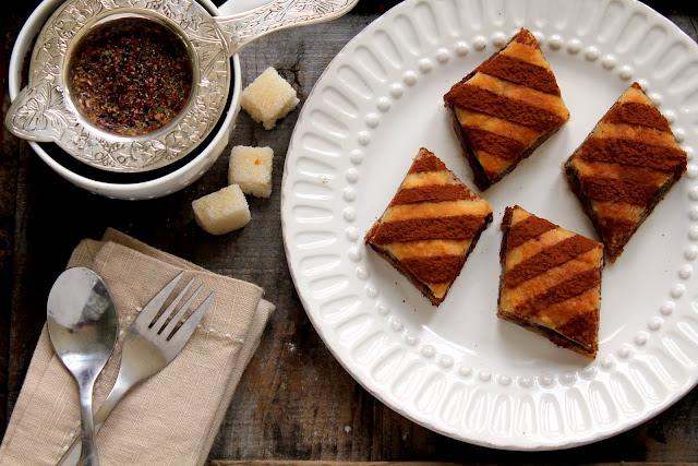 chocolate hazelnut baklava recipe from cherryteacakes.com