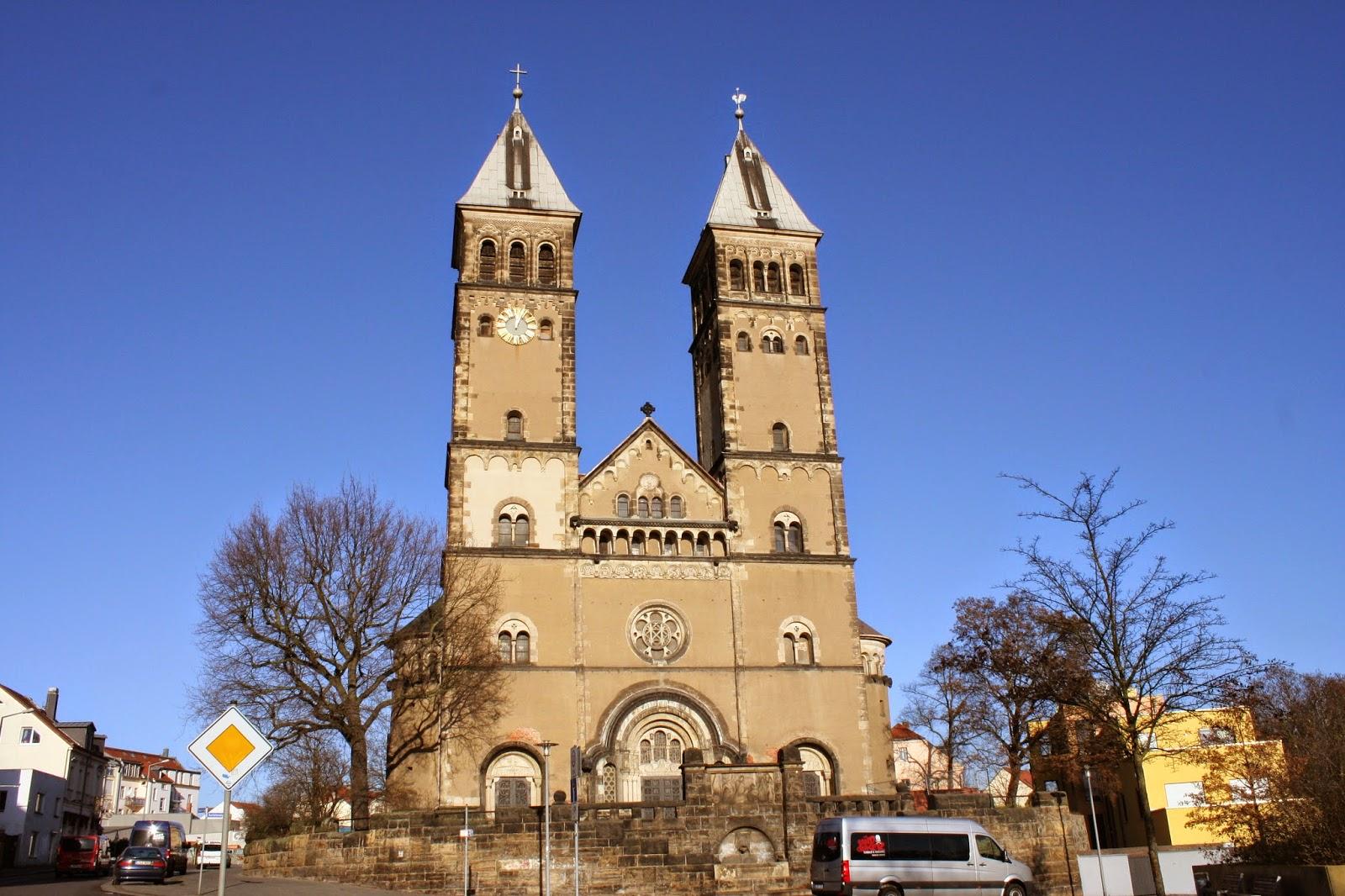 """Die Taborkirche im Stadtteil Kleinzschocher wurde von 1902 bis 1904 erbaut - am 13. März wurde die Kirche dem Berg """"Tabor"""" geweiht, daher auch der Name"""